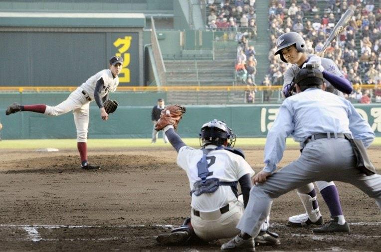 藤浪晋太郎vs大谷翔平 / photograph by Kyodo News
