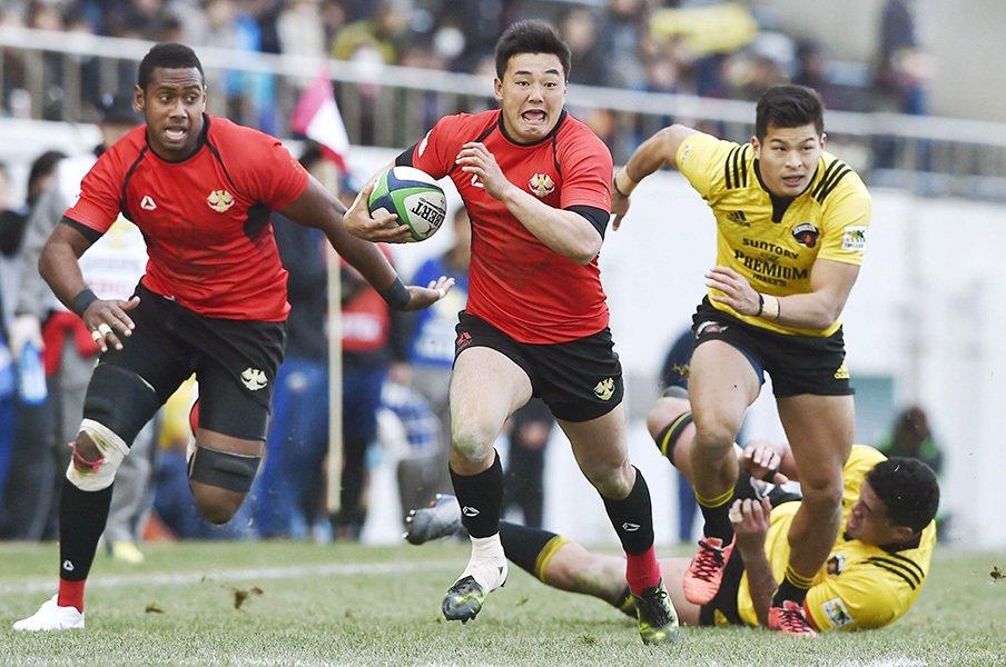 大学枠撤廃から3日後の大激戦。ラグビー日本選手権、帝京の意地。<Number Web> photograph by Kyodo News
