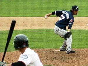 """日本で戦力外、いまやメジャー目前。中後悠平の""""変則左腕""""は通じるか。"""