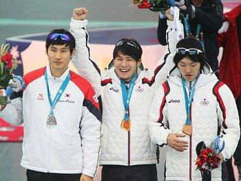 メダル獲得には経済的支援が必須!冬季アジア大会にみる強化費の意味。<Number Web> photograph by AFLO