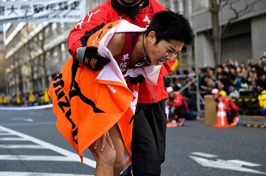 青学の存在で、優勝を信じられない?早稲田がハマった「追う者の弱み」。<Number Web> photograph by Takuya Sugiyama