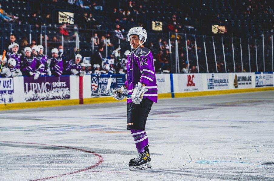 """世界最高峰NHLへ…""""173cm""""小柄な17歳・安藤優作にドラフト指名の可能性 実力で掴んだ王道ルート、中2でカナダへ「ホームシックは一度もない」"""