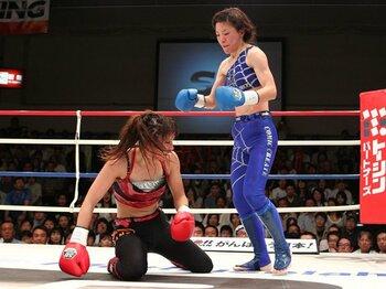 「完全なるスター」誕生ならず。RENA完敗で群雄割拠の女子格闘界。<Number Web> photograph by Susumu Nagao