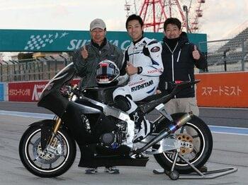 新興「チームタディ」がアジアのレース界を変える。~元GPライダー・岡田忠之の挑戦~<Number Web> photograph by Satoshi Endo