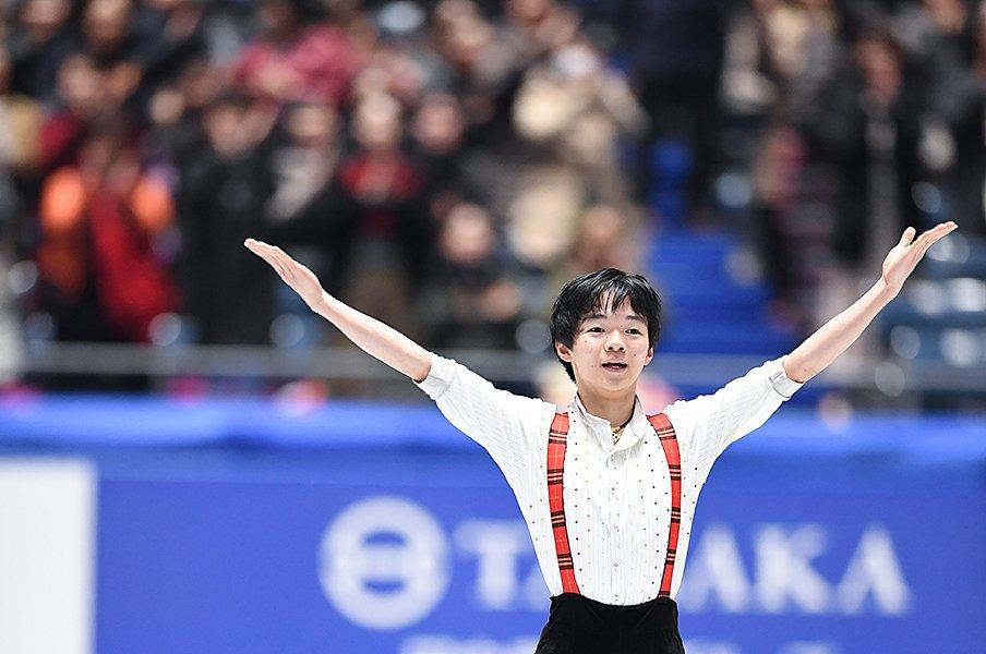 16歳の鍵山優真が全日本で3位入賞。ライバル佐藤駿と競い北京を目指す。<Number Web> photograph by Asami Enomoto