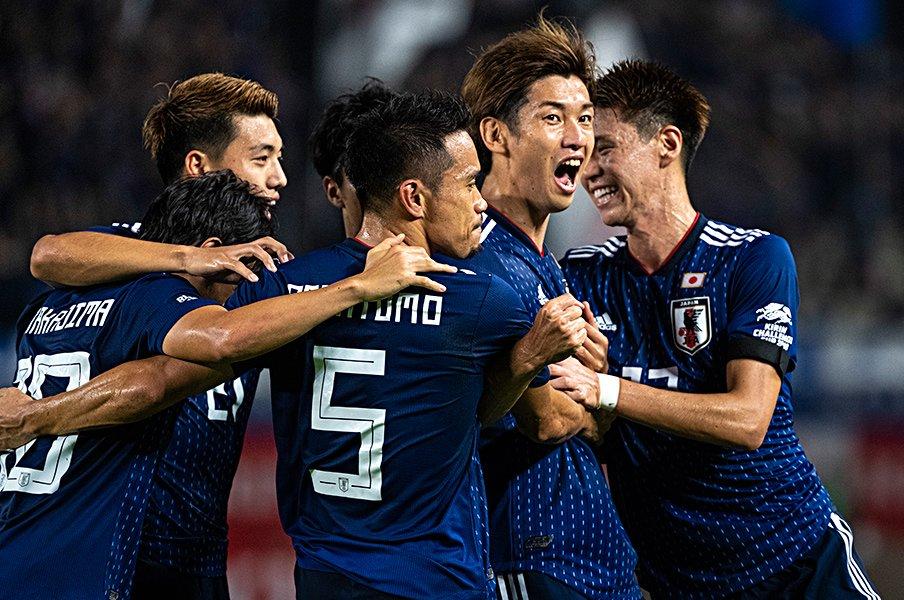 11カ月ぶりカルテットと久保建英。W杯予選へ向けて理想的な2-0勝利。<Number Web> photograph by Takuya Sugiyama