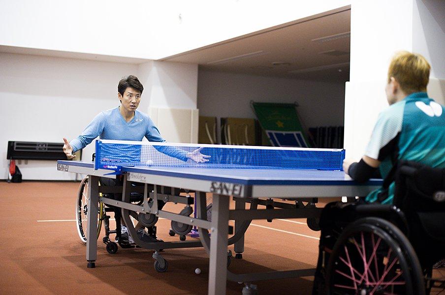 「全てがうまくいかなかった」頃から、パラ卓球・吉田信一を支え続けた人。<Number Web> photograph by Yuki Suenaga