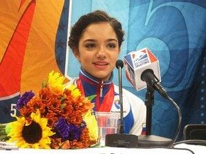 スケートアメリカでロシアの超新星!初出場初優勝のエフゲニア・メドベデワ。