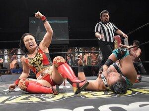 DDT王座戴冠の里村からアイドルまで、女子プロレス、夏の百花繚乱。