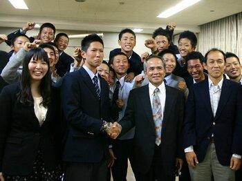摩訶不思議なドラフト戦略に、ベイスターズの明るい未来を見た!<Number Web> photograph by Hidenobu Murase