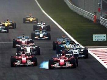 開幕3戦を圧倒したフェラーリの新戦略。<Number Web> photograph by Hiroshi Kaneko