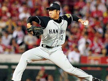 榎田大樹の復活が虎投手陣を厚くする。~阪神7年目のドラフト1位は、気のいい男である~<Number Web> photograph by KYODO
