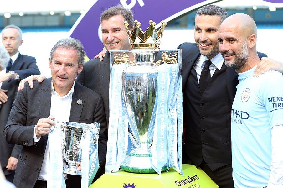 欧州サッカーを戦うための新常識。敏腕ディレクターが強豪をつくる。<Number Web> photograph by Uniphoto Press