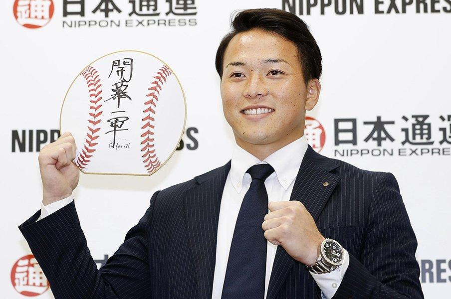 悪夢のドラフト指名漏れから2年。日本ハム3位・生田目翼と武田久。<Number Web> photograph by Kyodo News