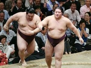 新入幕勝ち越しの遠藤は「太い」!ふてぶてしさと、愛される理由。