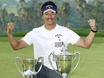 石川遼、奇跡のような日本プロ優勝。1043日の空白にも情熱は失わず。<Number Web> photograph by Kyodo News