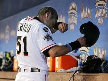 イチローが今季探した代打の奥義。「今の自分は嫌いじゃないです」<Number Web> photograph by Kyodo News
