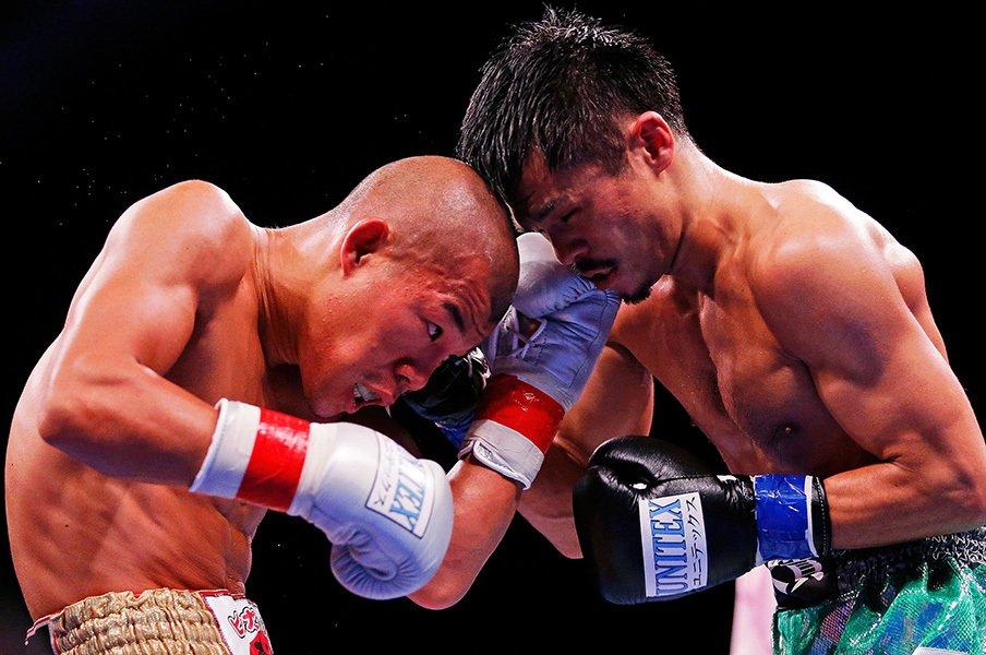 """亀田興毅が最後に望んだ""""ボクシング""""。河野公平という対照的な男との最終戦。<Number Web> photograph by Getty Images"""