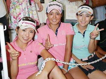 モデル、高額チケット、ネット配信……。個性豊かな女子ゴルフ界の試み。<Number Web> photograph by NIKKAN SPORTS/AFLO