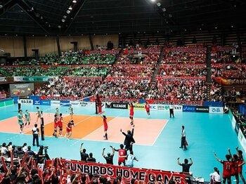 開幕2カ月、新生Vリーグの通信簿。新規ファン獲得に必要なこととは?<Number Web> photograph by Aki Nagao