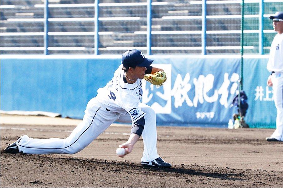 西武期待の新サブマリン、與座海人。牧田和久から継ぎ、高橋礼を追う。<Number Web> photograph by Kyodo News