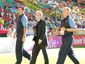 EURO2004、名勝負の背後に監督の采配アリ。