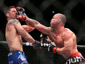 「ここは本当に日本なのか……」UFC、世界最大の格闘技団体の証明。 <Number Web> photograph by Susumu Nagao