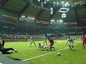 """アリゴ・サッキも推奨するドイツ流室内サッカー。~""""壁ありサッカー""""の知られざる魅力~"""