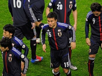今野泰幸はガンバを立て直し、中澤、闘莉王を越えるCBになれるか?<Number Web> photograph by Takuya Sugiyama