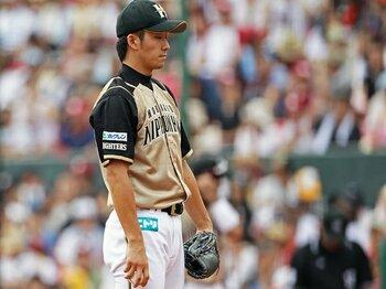 斎藤佑樹は「敗北」から強くなる。田中との対決で見えた次のステップ。<Number Web> photograph by Shiro Miyake