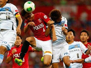 浦和、川崎を圧倒してナビスコ決勝へ。「奪う力」で取り戻した理想のサッカー。<Number Web> photograph by AFLO