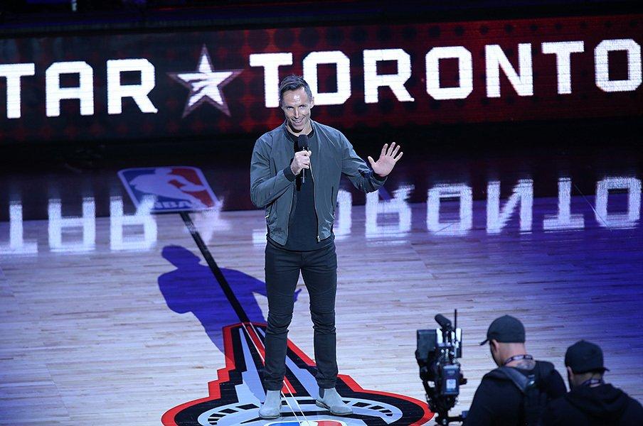 カナダのバスケット史上最高の一日。ナッシュとカーターが起こした連鎖。<Number Web> photograph by Getty Images
