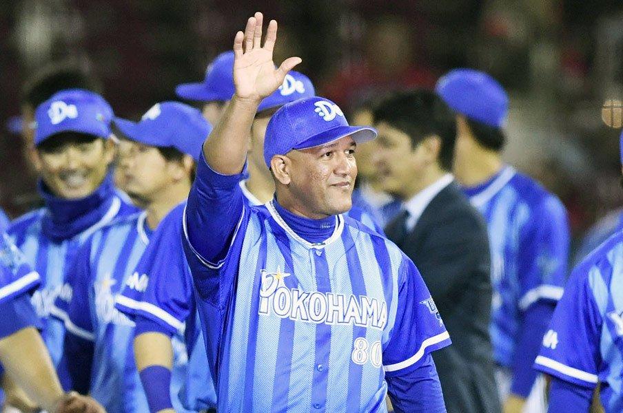 ラミレス采配に見る短期決戦の核心。日本シリーズ、ホークスの隙は……。<Number Web> photograph by Kyodo News