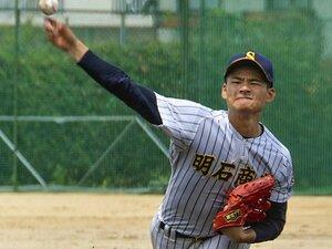 """明石商vs.智弁和歌山にプロも注目。今年の""""練習試合""""は真剣度が凄い。"""