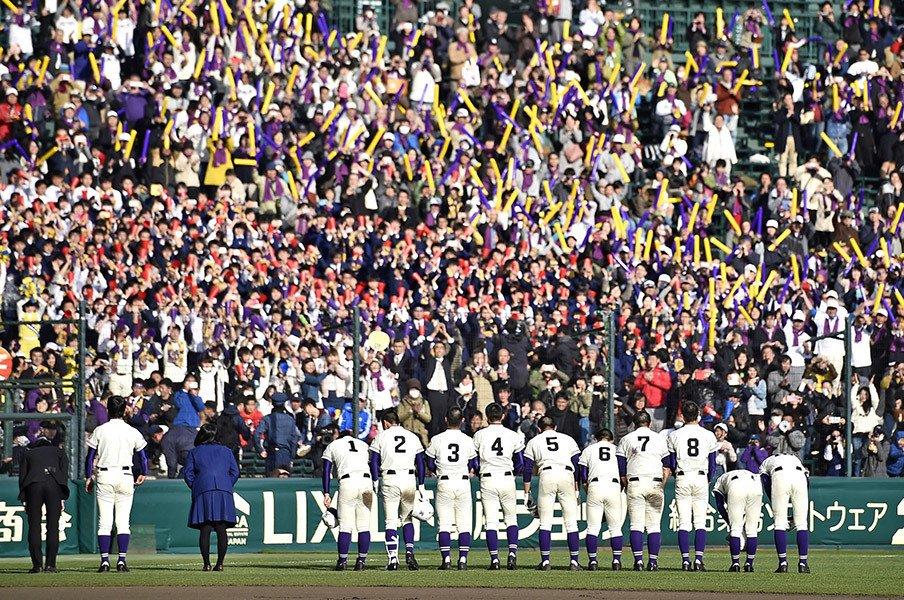 全校生徒800人で、野球部は10人。不来方の快挙は危機の裏返しだ。<Number Web> photograph by Kyodo News