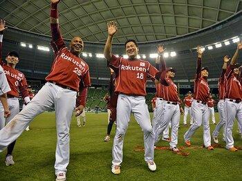 楽天を常に前進させ優勝に導いた、AJ&マギーの計り知れない貢献。 <Number Web> photograph by Hideki Sugiyama