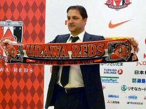新指揮官が描く「現実的サッカー」で、浦和レッズは栄光を取り戻せるか?