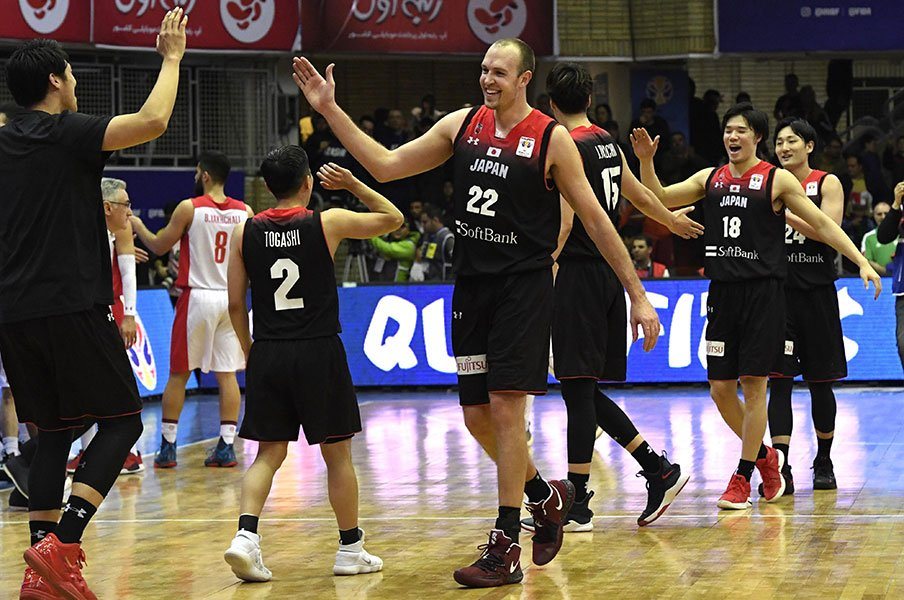 今週末、日本バスケ界の運命が決まる!イランに激勝の先、本当の夢とは?<Number Web> photograph by Kyodo News