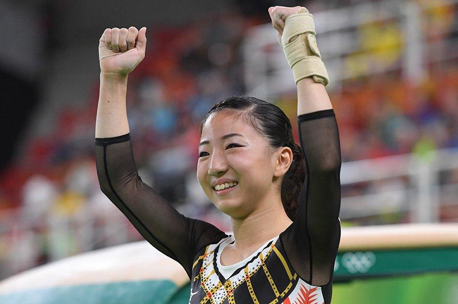 20歳、142cmの女子体操の主将。寺本明日香、個人8位入賞の意義。<Number Web> photograph by JMPA