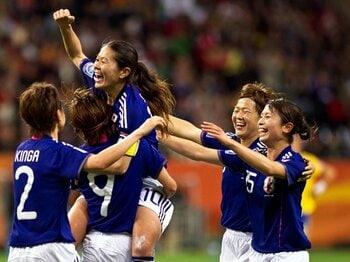 なでしこジャパン、歓喜の決勝進出。スウェーデン戦での意外な選手起用。<Number Web> photograph by Maurizio Borsari/AFLO