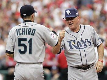 敵、仲間、そして野球人として。MLBが示したイチローへの敬意。<Number Web> photograph by Getty Images