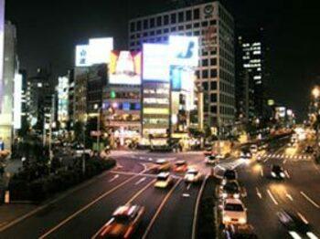 From:東京「デフレ、インフレ」<Number Web> photograph by Shigeki Sugiyama