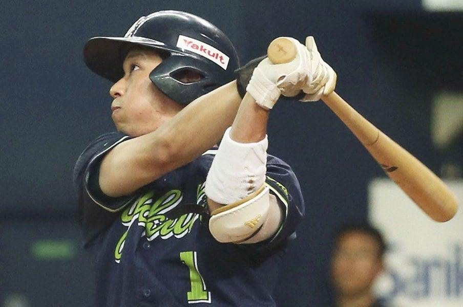山田哲人が11種類のトス打撃を封印。夏男の秘訣は「休むことですかね」。<Number Web> photograph by Kyodo News