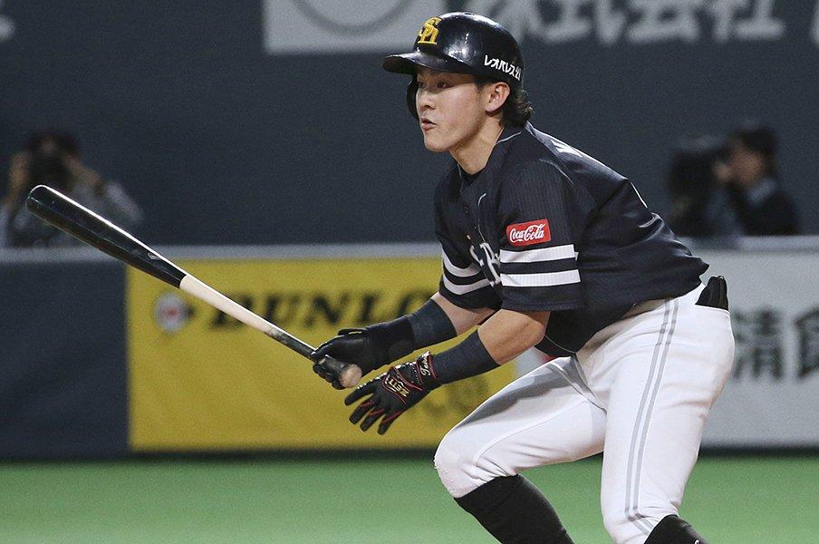 一軍半の選手のためのFAを作ろう。出場機会があれば輝く選手は多い。<Number Web> photograph by Kyodo News
