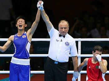 準々決勝で勝利し、歓喜を爆発させる清水。準決勝では敗れたが、見事、銅メダルに輝いた。