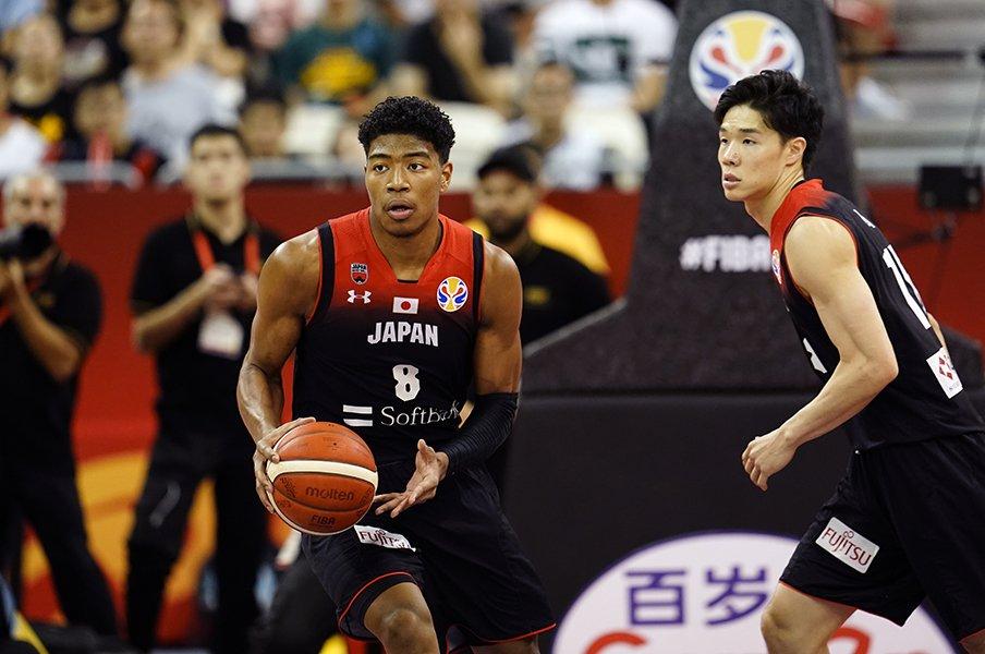 八村塁不在でも日本バスケに見たい、アメリカ戦・馬場雄大のような姿勢。<Number Web> photograph by Yukihito Taguchi