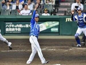 "DeNA投手陣の救世主候補は19歳。阪口皓亮のピッチングは""風""だ。"