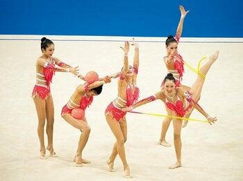 新ルールで好成績をおさめたフェアリージャパンの武器とは。~新体操のルール変更を逆手にとった戦術~<Number Web> photograph by AFLO