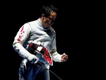 ついに世界の頂点へ。太田雄貴が見せた円熟。~金を掴み取った「フィンガリング」~<Number Web> photograph by AFLO