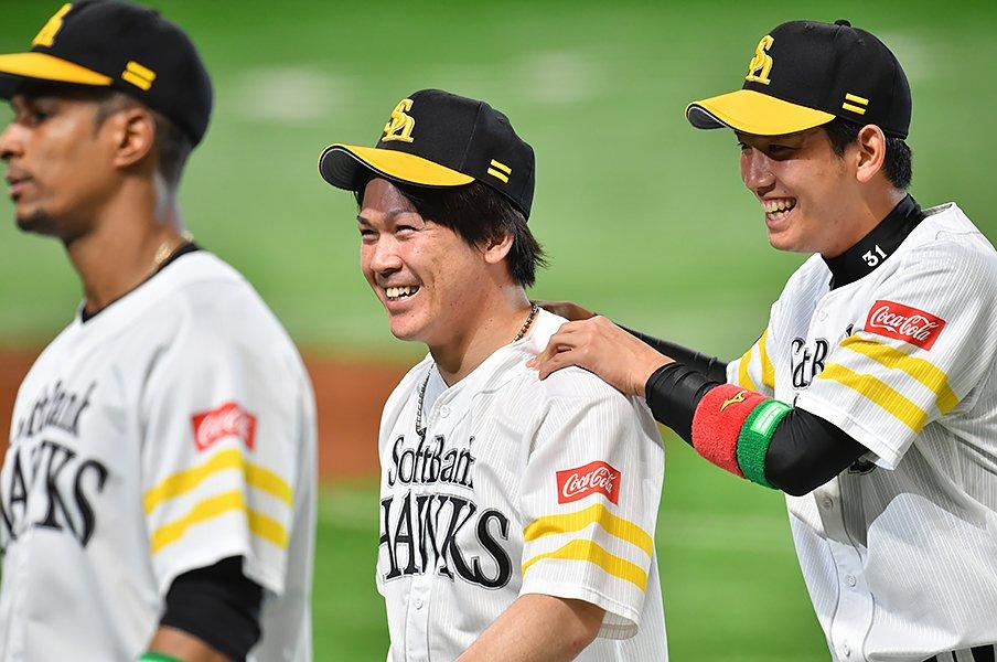 「えっ、捕手の年俸安すぎ……?」プロ野球のポジション格差を大調査。<Number Web> photograph by Hideki Sugiyama